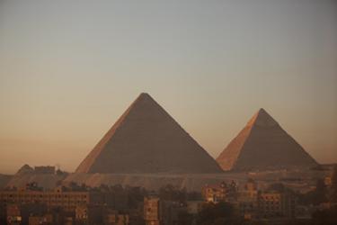ピラミッド風景